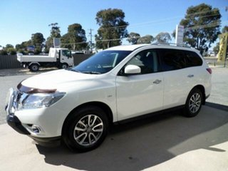 2016 Nissan Pathfinder R52 MY15 ST (4x2) White Continuous Variable Wagon.