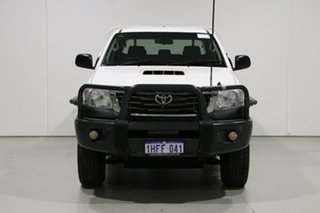 2015 Toyota Hilux KUN26R MY14 SR (4x4) White 5 Speed Manual Dual Cab Chassis.