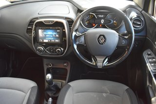 2014 Renault Captur J87 Expression Cream 5 Speed Manual Hatchback