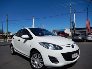 2010 Mazda 2 DE MY10 Neo White 5 Speed Manual Hatchback.
