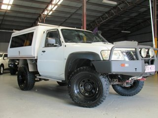2009 Nissan Patrol GU 6 MY08 DX White 5 Speed Manual Cab Chassis.