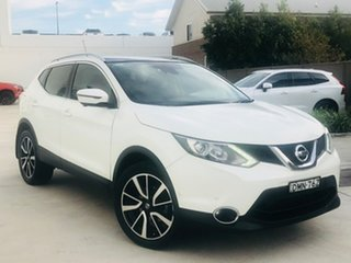 2017 Nissan Qashqai J11 TI White 6 Speed Manual Wagon.