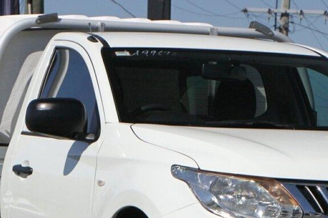 Used Mitsubishi Triton MQ MY16 GLX 4x2 Rocklea, 2015 Mitsubishi Triton MQ MY16 GLX 4x2 White Solid 5 Speed Sports Automatic Cab Chassis