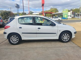 2000 Peugeot 206 T1 MY01 XR White 5 Speed Manual Hatchback