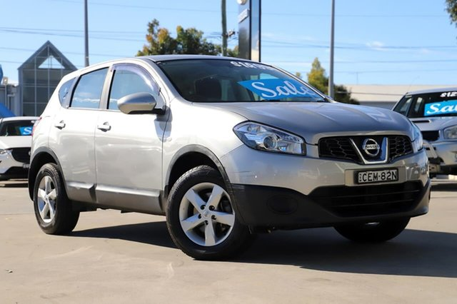 Used Nissan Dualis J10 Series II MY2010 ST Hatch X-tronic Kirrawee, 2011 Nissan Dualis J10 Series II MY2010 ST Hatch X-tronic Grey 6 Speed Constant Variable Hatchback