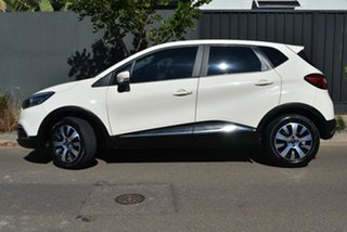 2014 Renault Captur J87 Expression Cream 5 Speed Manual Hatchback.