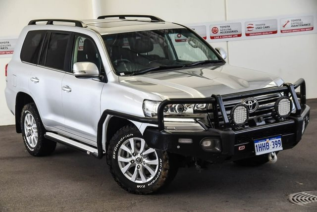 Pre-Owned Toyota Landcruiser VDJ200R MY16 VX (4x4) Myaree, 2018 Toyota Landcruiser VDJ200R MY16 VX (4x4) Silver Pearl 6 Speed Automatic Wagon