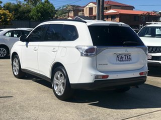 2013 Mitsubishi Outlander ZJ MY14 LS 2WD White 6 Speed Constant Variable Wagon.