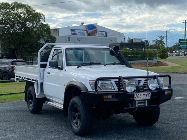 Used Nissan Patrol GU DX Archerfield, 2001 Nissan Patrol GU DX White 5 Speed Manual Cab Chassis