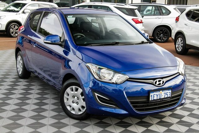 Used Hyundai i20 PB MY15 Active Attadale, 2015 Hyundai i20 PB MY15 Active Blue 6 Speed Manual Hatchback