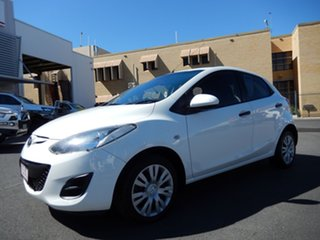 2010 Mazda 2 DE MY10 Neo White 5 Speed Manual Hatchback