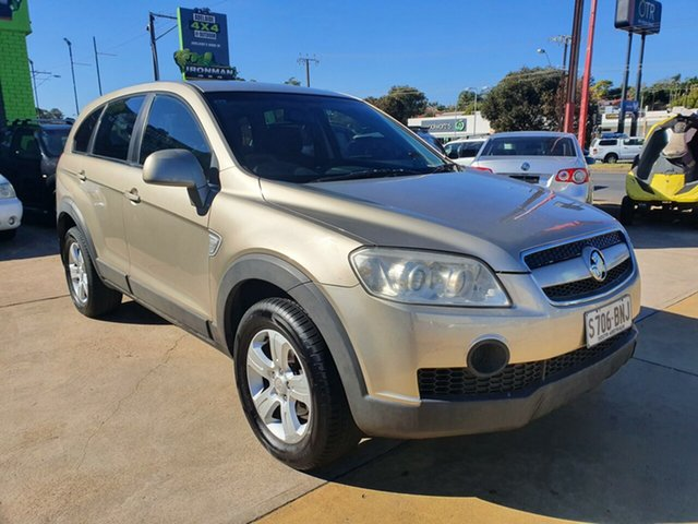 Used Holden Captiva CG SX AWD Morphett Vale, 2006 Holden Captiva CG SX AWD Gold 5 Speed Sports Automatic Wagon