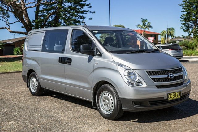 Used Hyundai iLOAD TQ2-V MY15 Crew Cab Port Macquarie, 2015 Hyundai iLOAD TQ2-V MY15 Crew Cab Hyper Metallic 5 Speed Automatic Van