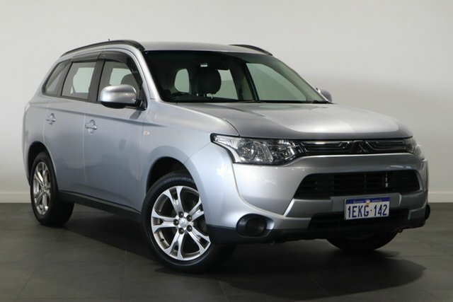Used Mitsubishi Outlander ZJ MY14.5 ES 2WD Bayswater, 2014 Mitsubishi Outlander ZJ MY14.5 ES 2WD Silver 6 Speed Constant Variable Wagon