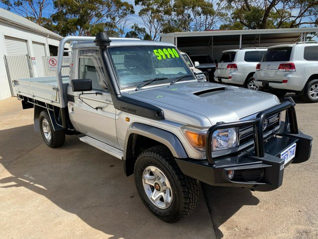 Pre-Owned Toyota Landcruiser VDJ79R GXL Moora, 2015 Toyota Landcruiser VDJ79R GXL Silver Pearl 5 Speed Manual Cab Chassis