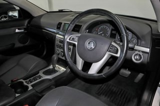 2010 Holden Commodore VE MY10 International White 6 Speed Sports Automatic Sedan