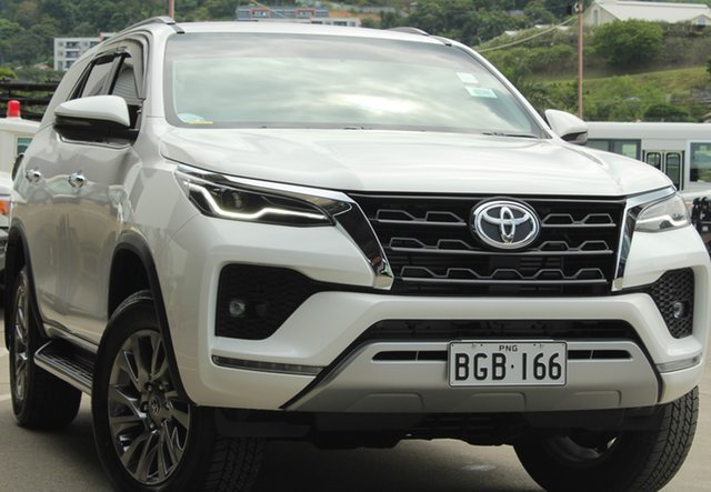 Demo Toyota Fortuner , Toyota Fortuner GUN155R SUV White 6 Speed Automatic Sportswagon