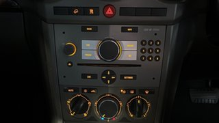 2007 Holden Captiva CG Maxx AWD White 5 Speed Sports Automatic Wagon