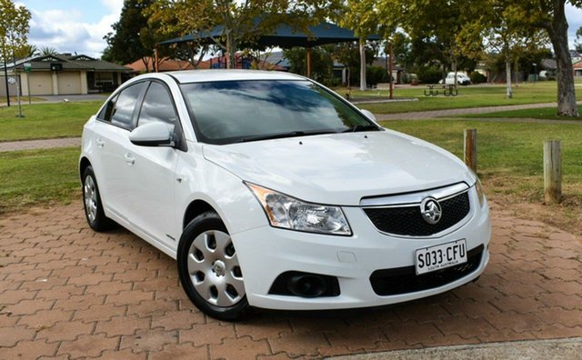 Used Holden Cruze JG CD Ingle Farm, 2011 Holden Cruze JG CD White 6 Speed Sports Automatic Sedan