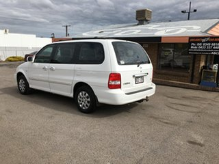 2005 Kia Carnival MY04 LS White 4 Speed Automatic Wagon