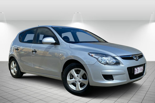 Used Hyundai i30 FD MY11 SX Hervey Bay, 2011 Hyundai i30 FD MY11 SX Silver 5 Speed Manual Hatchback