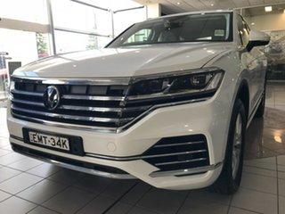 2020 Volkswagen Touareg CR 170TDI Pure White 8 Speed Automatic SUV.