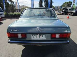 1984 Mercedes-Benz 230E W123 Green 4 Speed Automatic Sedan