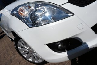 2013 Suzuki Swift FZ GLX White 5 Speed Manual Hatchback.