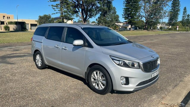 Used Kia Carnival YP MY16 SI Port Macquarie, 2015 Kia Carnival YP MY16 SI Bright Silver 6 Speed Sports Automatic Wagon