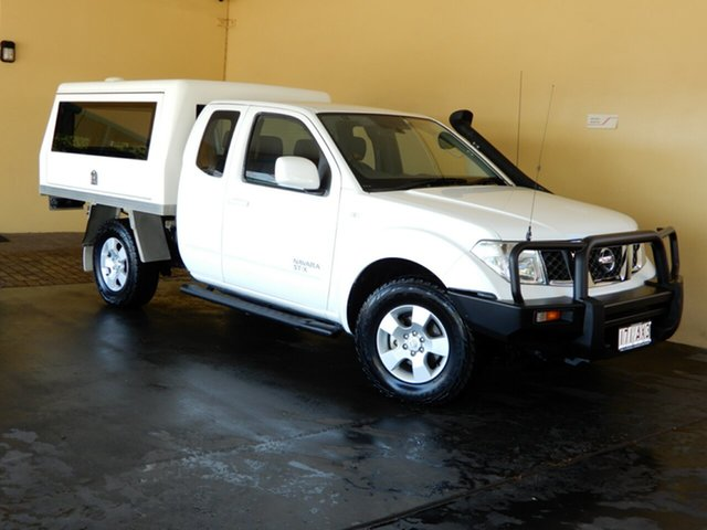 Used Nissan Navara D40 MY12 ST-X (4x4) Toowoomba, 2013 Nissan Navara D40 MY12 ST-X (4x4) White 5 Speed Automatic King Cab Chassis