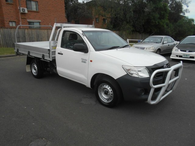 Used Toyota Hilux TGN16R MY14 Workmate Bankstown, 2015 Toyota Hilux TGN16R MY14 Workmate White 4 Speed Automatic Cab Chassis
