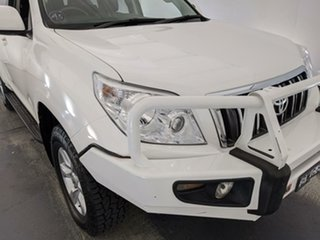 2011 Toyota Landcruiser Prado KDJ150R GXL White 5 Speed Sports Automatic Wagon.