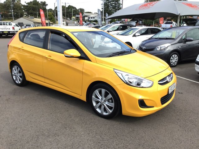 Used Hyundai Accent RB6 MY18 Sport Cardiff, 2017 Hyundai Accent RB6 MY18 Sport Yellow 6 Speed Sports Automatic Hatchback