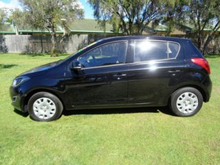 2012 Hyundai i20 PB MY12 Active Black 5 Speed Manual Hatchback
