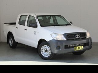 2010 Toyota Hilux TGN16R 09 Upgrade Workmate Glacier White 5 Speed Manual Dual Cab Pick-up.
