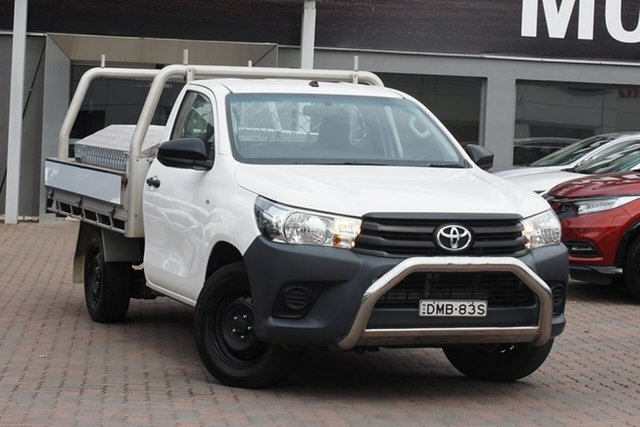 Used Toyota Hilux TGN121R Workmate 4x2 Parramatta, 2017 Toyota Hilux TGN121R Workmate 4x2 White 6 Speed Sports Automatic Cab Chassis