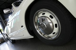 1973 Volkswagen Karmann Ghia White Cabriolet