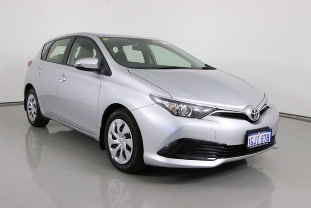 Used Toyota Corolla ZRE182R MY15 Ascent Bentley, 2017 Toyota Corolla ZRE182R MY15 Ascent Silver 7 Speed CVT Auto Sequential Hatchback