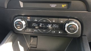 KF4W2A Touring WAG 5dr SKYA 6s