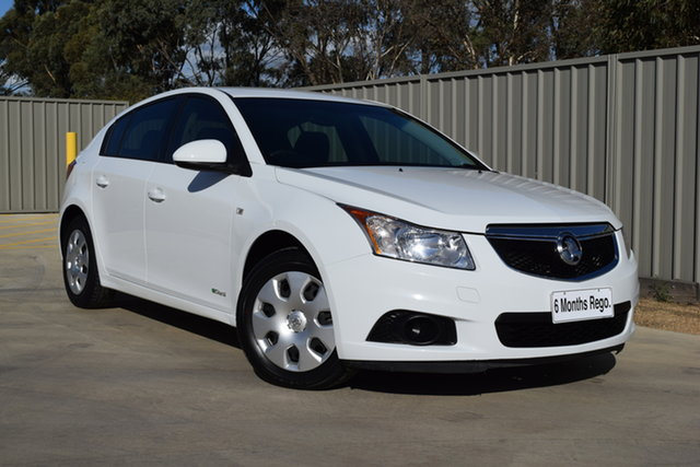 Used Holden Cruze JH Series II MY12 CD Echuca, 2012 Holden Cruze JH Series II MY12 CD White 6 Speed Sports Automatic Hatchback