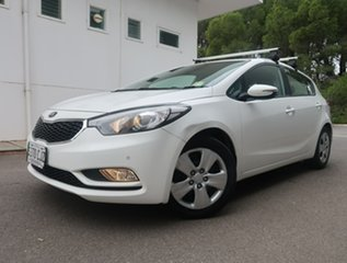 2013 Kia Cerato YD MY14 S White 6 Speed Manual Hatchback.