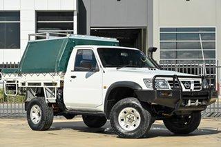 2005 Nissan Patrol GU II DX White 5 Speed Manual Cab Chassis.