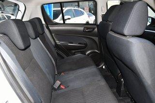 2015 Suzuki Swift FZ MY15 GL Navigator White 4 Speed Automatic Hatchback