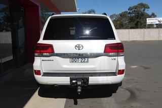 2017 Toyota Landcruiser VDJ200R Sahara White 6 Speed Sports Automatic Wagon.
