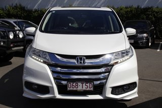 2014 Honda Odyssey RC MY14 VTi-L White 7 Speed Constant Variable Wagon.