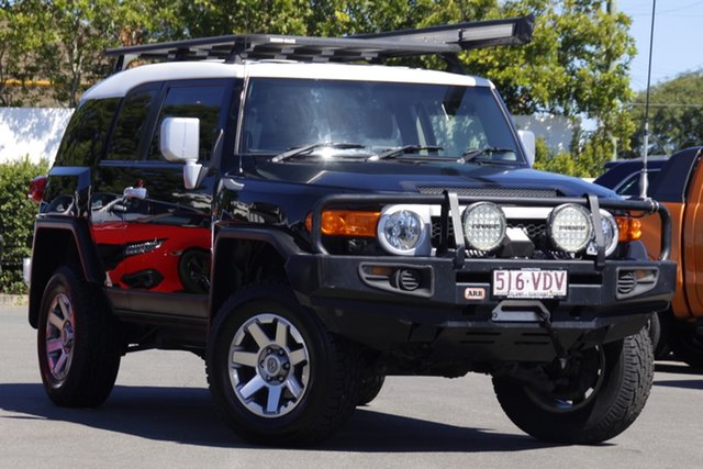 Used Toyota FJ Cruiser GSJ15R MY14 Mount Gravatt, 2014 Toyota FJ Cruiser GSJ15R MY14 Black 5 Speed Automatic Wagon
