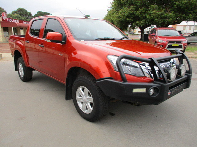 Used Isuzu D-MAX MY15 Katanning, 2015 Isuzu D-MAX MY15 LS-M Hi-Ride Red 5 Speed Manual Dual Cab