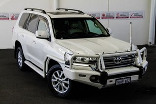 2016 Toyota Landcruiser VDJ200R MY16 VX (4x4) Crystal Pearl 6 Speed Automatic Wagon.