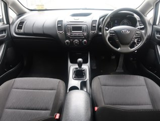 2013 Kia Cerato YD MY14 S White 6 Speed Manual Hatchback