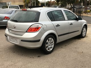 2005 Holden Astra AH MY05 CD Silver 5 Speed Manual Hatchback.